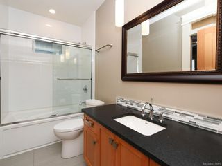 Photo 16: 2 1245 Chapman St in Victoria: Vi Fairfield West Row/Townhouse for sale : MLS®# 837185