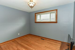 Photo 19: 128 Winchester Boulevard in Hamilton: House for sale : MLS®# H4053516