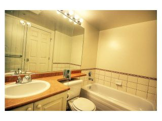 Photo 9: 302 3070 Guildford Way in Coquitlam: North Coquitlam Condo for sale : MLS®# V1126460