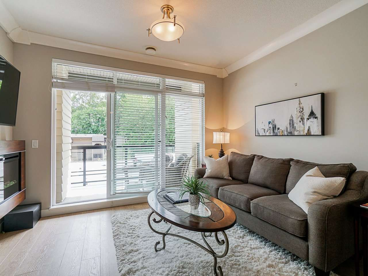 "Photo 5: Photos: 302 3205 MOUNTAIN Highway in North Vancouver: Lynn Valley Condo for sale in ""Mill House"" : MLS®# R2464769"