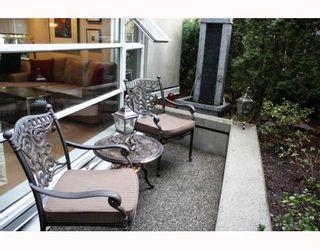 """Photo 10: 101 2575 W 4TH Avenue in Vancouver: Kitsilano Condo for sale in """"SEAGATE"""" (Vancouver West)  : MLS®# V803860"""