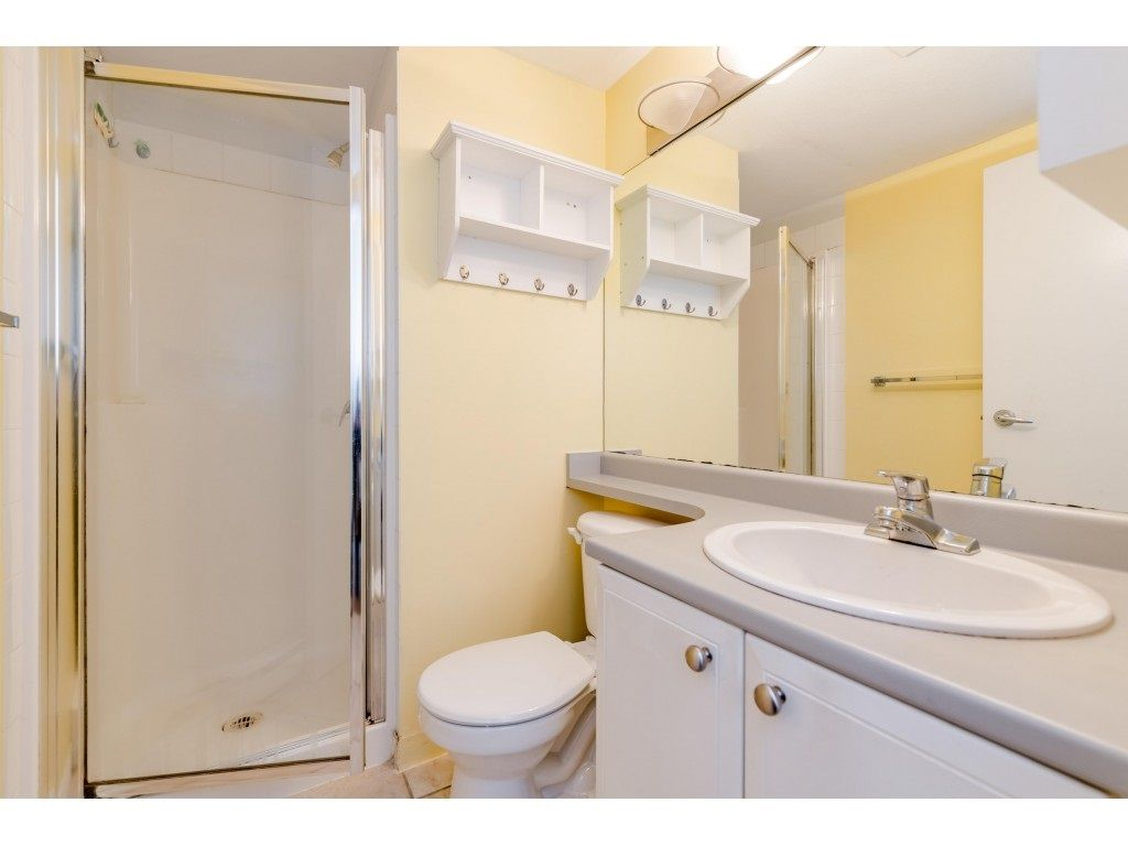 Photo 16: Photos: 6771 VILLAGE GRN in Burnaby: Highgate Townhouse for sale (Burnaby South)  : MLS®# R2439799