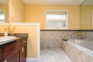 Photo 13: 2695 ST MORITZ Way in Abbotsford: Abbotsford East House for sale : MLS®# R2536407