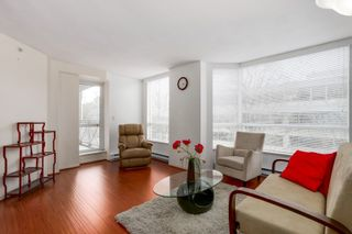 """Photo 4: 303 500 W 10TH Avenue in Vancouver: Fairview VW Condo for sale in """"Cambridge Court"""" (Vancouver West)  : MLS®# R2050237"""