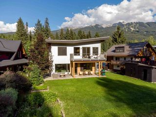"""Main Photo: 7249 S FITZSIMMONS Road in Whistler: White Gold House for sale in """"White Gold"""" : MLS®# R2604221"""