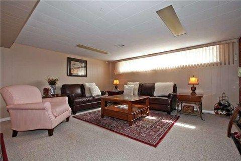 Photo 6: Photos: 22 Broadlands Boulevard in Toronto: Parkwoods-Donalda House (Bungalow) for sale (Toronto C13)  : MLS®# C3147639