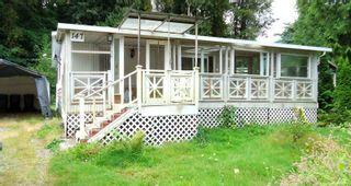 "Photo 1: 147 1830 MAMQUAM Road in Squamish: Garibaldi Estates Manufactured Home for sale in ""Timber Town"" : MLS®# R2098766"
