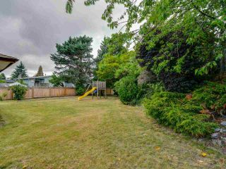 Photo 19: 15227 HUMMINGBIRD PLACE in Surrey: Bolivar Heights House for sale (North Surrey)  : MLS®# R2383706