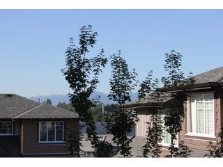 "Photo 19: 37 14462 61A Avenue in Surrey: Sullivan Station Townhouse for sale in ""RAVINA"" : MLS®# F1444096"