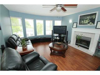 """Photo 2: 6017 189TH Street in Surrey: Cloverdale BC House for sale in """"CLOVERHILL"""" (Cloverdale)  : MLS®# F1423444"""