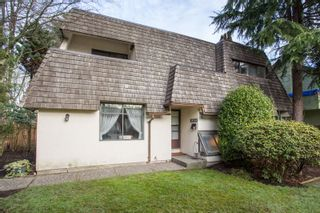 Photo 1: 5696 ELM Street in Vancouver: Kerrisdale 1/2 Duplex for sale (Vancouver West)  : MLS®# R2334219