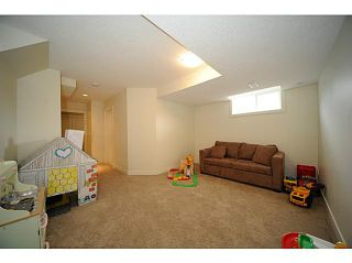 Photo 13: 90 COUGARTOWN Circle SW in CALGARY: Cougar Ridge Residential Detached Single Family for sale (Calgary)  : MLS®# C3522598