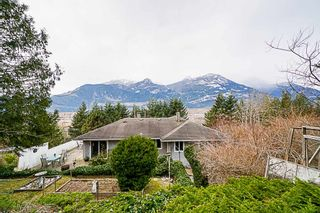 Photo 18: 38100 CLARKE Drive in Squamish: Hospital Hill House for sale : MLS®# R2340968