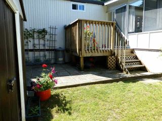 Photo 11: 2 7850 King George Boulevard in Surrey: East Newton Manufactured Home for sale : MLS®# F1418453