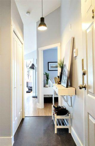Photo 1: 307 12769 72 AVENUE in Surrey: West Newton Condo for sale : MLS®# R2384339