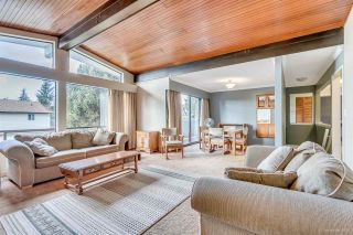 Photo 5: 3384 CARDINAL Drive in Burnaby: Government Road House for sale (Burnaby North)  : MLS®# R2037916