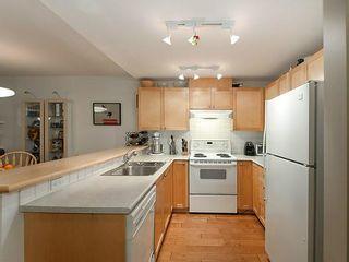 Photo 6: 4 3036 W 4TH Avenue in Vancouver: Kitsilano Condo for sale (Vancouver West)  : MLS®# V999898