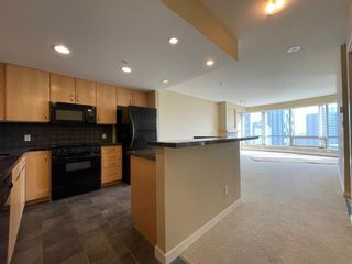 Photo 3: 2003 1088 6 Avenue SW in Calgary: Downtown West End Apartment for sale : MLS®# A1149213