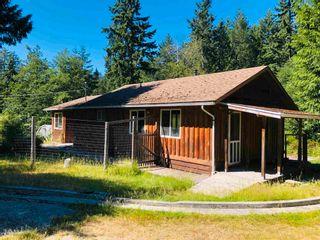 Photo 2: 444 CAMPBELL BAY Road: Mayne Island House for sale (Islands-Van. & Gulf)  : MLS®# R2597578