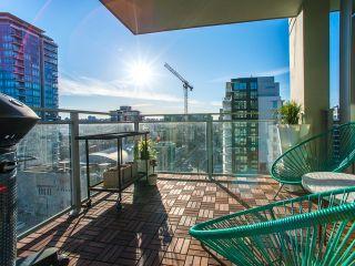 Photo 6: 1208 111 E 1 Avenue in Vancouver: Mount Pleasant VE Condo for sale (Vancouver West)  : MLS®# R2246664
