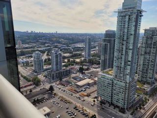 """Photo 2: 4207 1955 ALPHA Way in Burnaby: Brentwood Park Condo for sale in """"The Amazing Brentwood 2"""" (Burnaby North)  : MLS®# R2612060"""
