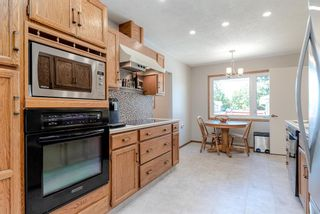 Photo 10: 744 Mapleton Drive SE in Calgary: Maple Ridge Detached for sale : MLS®# A1125027