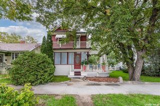 Photo 1: 1161 Clifton Avenue in Moose Jaw: Central MJ Residential for sale : MLS®# SK870570