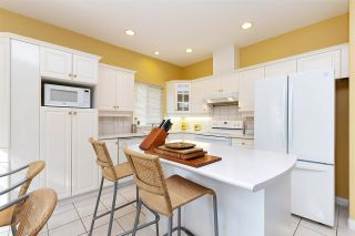 """Photo 8: 152 2979 PANORAMA Drive in Coquitlam: Westwood Plateau Townhouse for sale in """"Deercrest Estates"""" : MLS®# R2411444"""