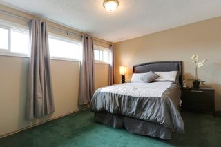 Photo 16: 4022 46 Street SW in Calgary: House for sale : MLS®# C4014489