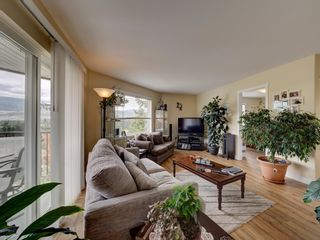 Photo 8: 5855 MEDUSA Street in Sechelt: Sechelt District House for sale (Sunshine Coast)  : MLS®# R2616802