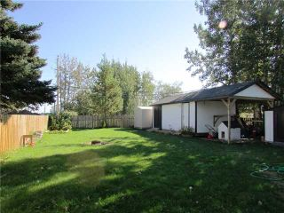 """Photo 2: 8819 75TH Street in Fort St. John: Fort St. John - City SE Manufactured Home for sale in """"ANNEOFIELD"""" (Fort St. John (Zone 60))  : MLS®# N230729"""