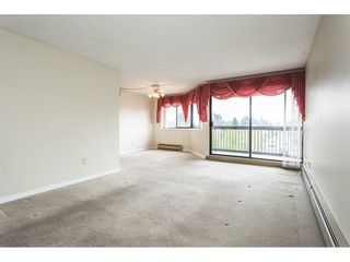 Photo 4: 517 31955 OLD YALE Road in Abbotsford: Central Abbotsford Condo for sale : MLS®# R2300517