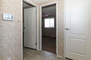Photo 4: 440 Oak Wood Crescent in Edmonton: Zone 42 Mobile for sale : MLS®# E4194896