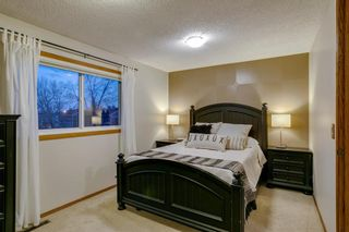Photo 19: 1024 Woodview Crescent SW in Calgary: Woodlands Detached for sale : MLS®# A1091438