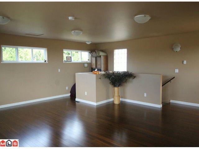 Photo 7: Photos: 15430 ROPER Avenue: White Rock House for sale (South Surrey White Rock)  : MLS®# F1221507