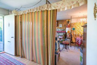 Photo 4: 2110 REGAN Avenue in Coquitlam: Central Coquitlam House for sale : MLS®# R2621635