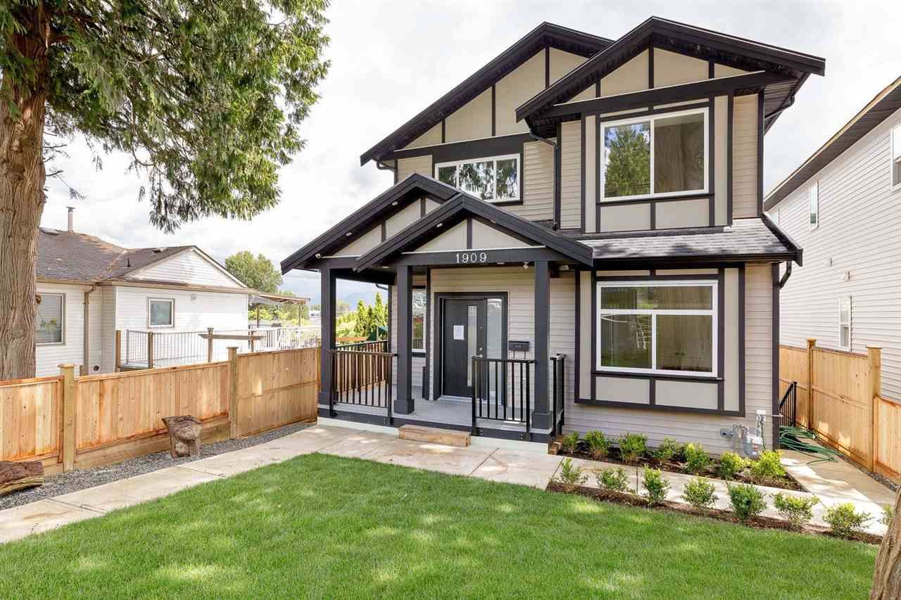 Main Photo: 1909 PITT RIVER Road in Port Coquitlam: Mary Hill House for sale : MLS®# R2551594
