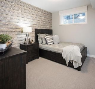 Photo 31: 334 SHAWNEE Boulevard SW in Calgary: Shawnee Slopes Detached for sale : MLS®# C4291558