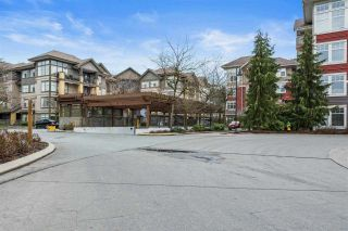 "Photo 4: 204B 45595 TAMIHI Way in Chilliwack: Vedder S Watson-Promontory Condo for sale in ""Hartford @ Garrison Crossing"" (Sardis) : MLS®# R2560838"