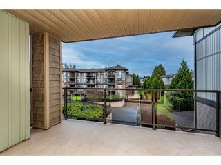 """Photo 26: 308 2068 SANDALWOOD Crescent in Abbotsford: Central Abbotsford Condo for sale in """"The Sterling 2"""" : MLS®# R2525526"""