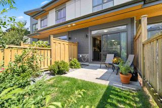 """Photo 16: 38327 SUMMITS VIEW Drive in Squamish: Downtown SQ Townhouse for sale in """"Eaglewind Natures Gate"""" : MLS®# R2483866"""