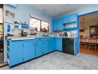 """Photo 7: 2334 170TH Street in Surrey: Pacific Douglas House for sale in """"Grandview"""" (South Surrey White Rock)  : MLS®# F1443778"""