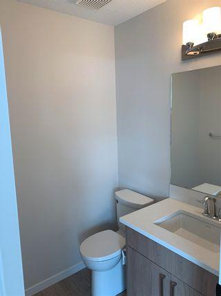 Photo 2: 160 MICHIGAN Key: Devon House for sale : MLS®# E4248085