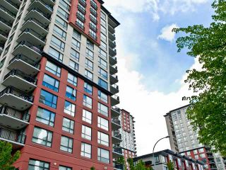 """Photo 1: 302 833 AGNES Street in New Westminster: Downtown NW Condo for sale in """"NEWS"""" : MLS®# V855336"""