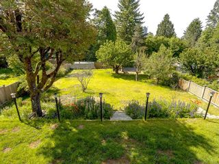 Photo 18: 586 THOMPSON Avenue in Coquitlam: Coquitlam West House for sale : MLS®# R2175059