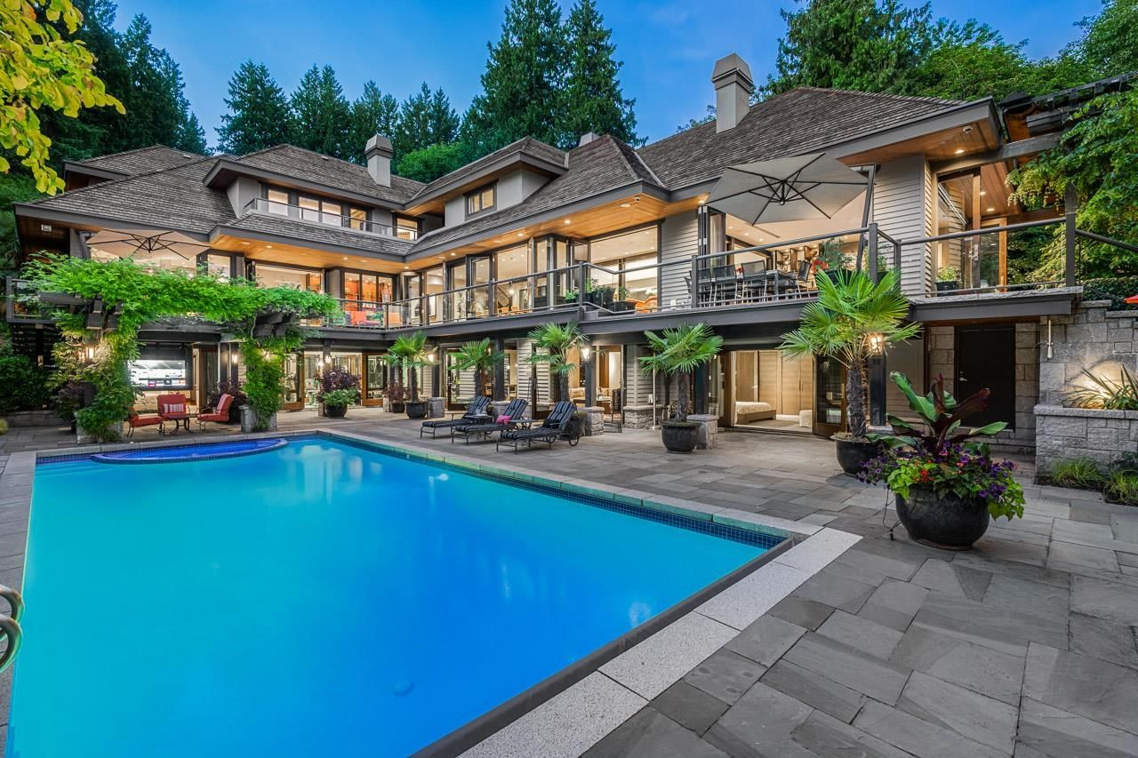 Main Photo: 2870 SW MARINE Drive in Vancouver: Southlands House for sale (Vancouver West)  : MLS®# R2601778