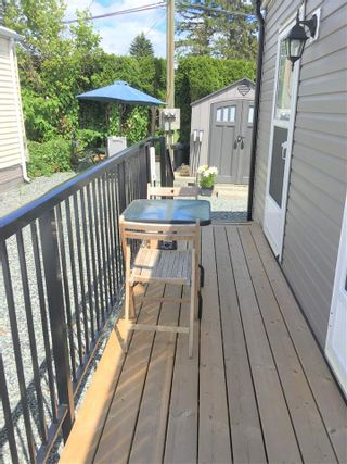 """Photo 9: A4 29666 FRASER Highway in Abbotsford: Aberdeen Manufactured Home for sale in """"Aloha Manufctured Homes & RV Park"""" : MLS®# R2469989"""