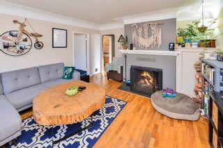Photo 12: 1729/1731 Bay St in : Vi Jubilee Full Duplex for sale (Victoria)  : MLS®# 874491