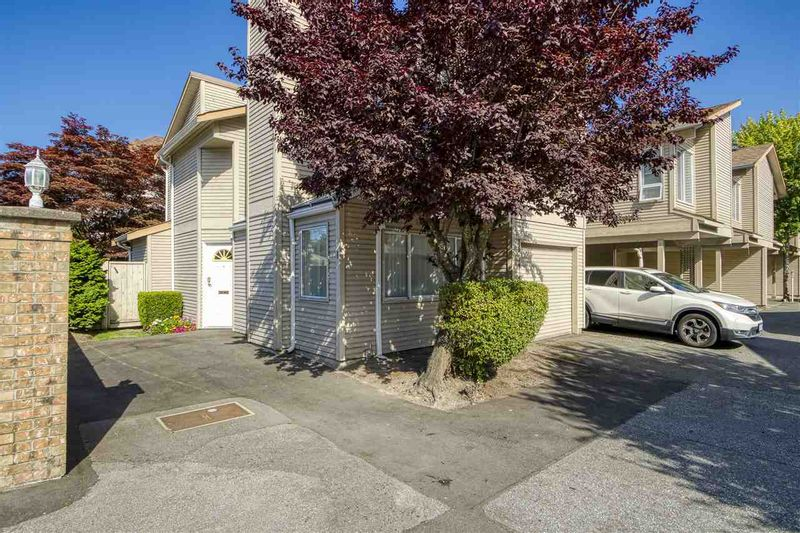 FEATURED LISTING: 1 - 8691 COOK Road Richmond