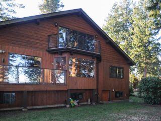 Photo 2: 2238 SEABANK ROAD in COURTENAY: CV Comox Peninsula House for sale (Comox Valley)  : MLS®# 718790